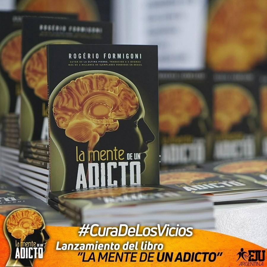 """Especial lanzamiento del libro """"La mente de un adicto"""" en el Templo de la fe"""